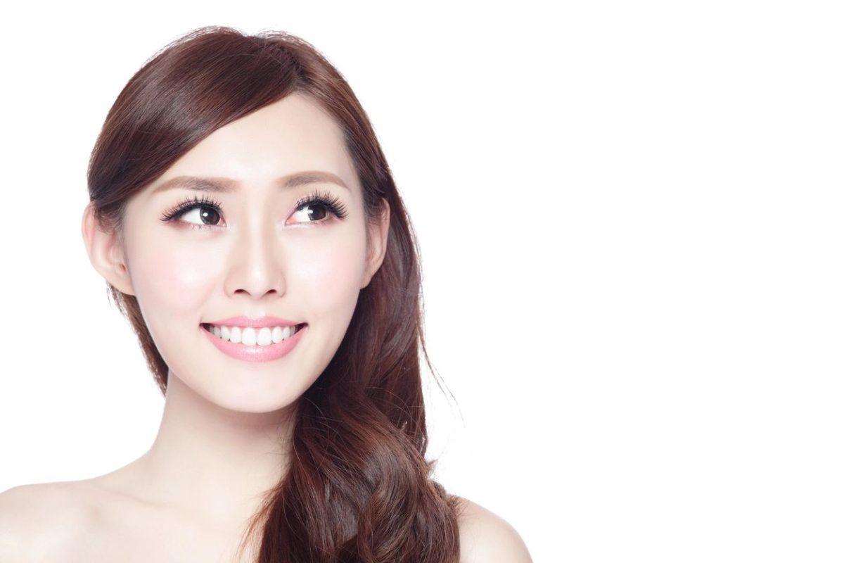 Put a Little Spring in Your Smile with a Smile Makeover Featuring Porcelain Veneers